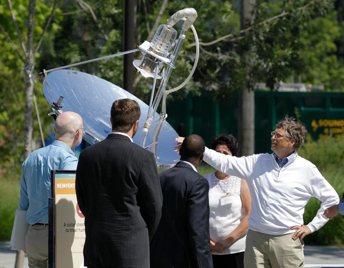 Bill Gates has optimistic outlook for alternative energy under Trumpadministration